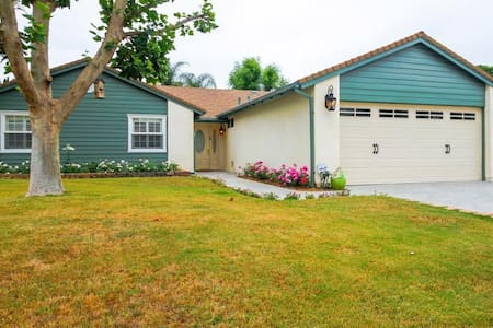 A peaceful, yet fun-filled family home awaits at this incredible Agoura Hills  house rental. Three spacious bedrooms and two bathrooms offer plenty of space for all eight people (up to six adults), and the private backyard is great for a family