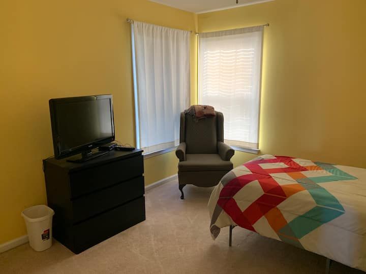 Single Room in a Family Home