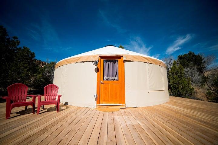 Escalante Yurts - Cottonwood
