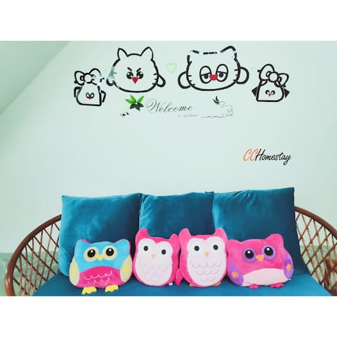 D.I.Y wall art that match with sofa 沙发配自制墙艺 =)