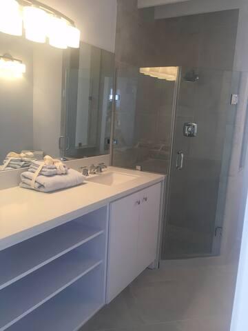 Room D  Bath