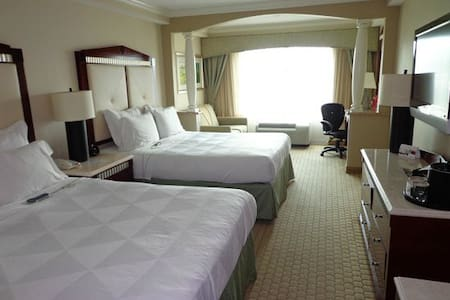 Raddison Resort {8/22-8/29} $59/Nt! - Bed & Breakfast