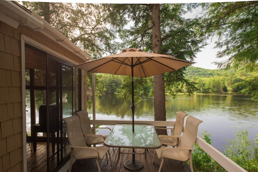 Beautiful serene lake ski house houses for rent in for Grafton house