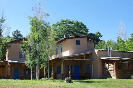 Historic Circle A Ranch Lodge, New Mexico - Cuba
