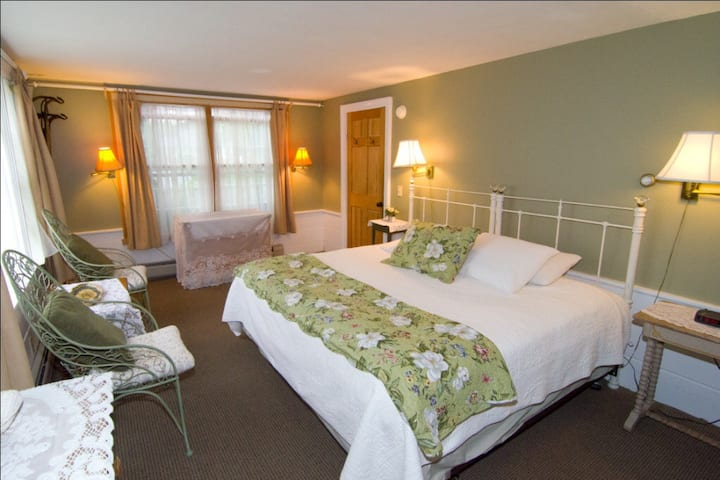 Garden Suite - Mountain Fare Inn