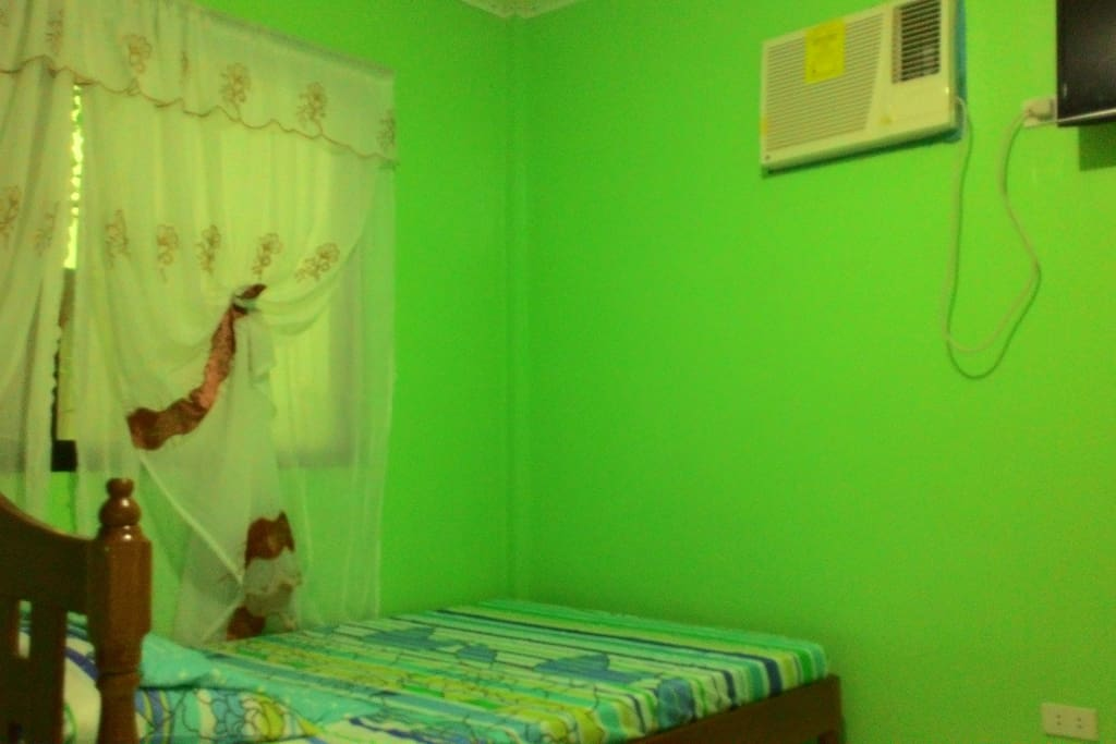 for group of 5 persons, spacious, flat led tv, air conditioned room