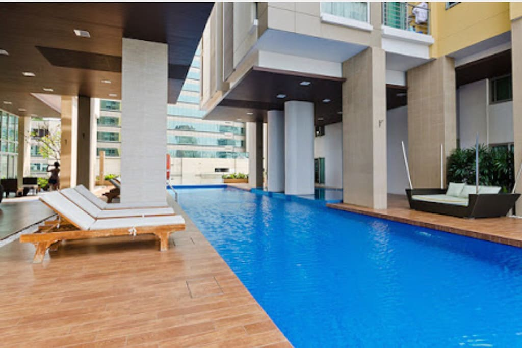 All facilities provided such as Gyms, swimming pool, sauna room and free WiFi on level 9