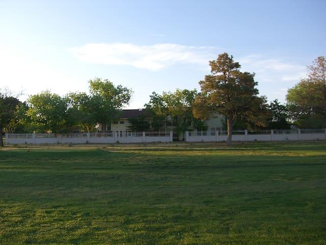 Casa De Carraro Private Oasis in Albuquerque