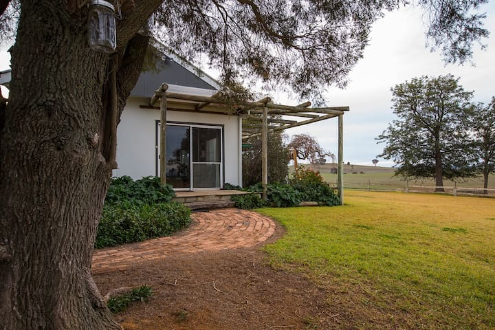 Colenso Country Retreat Young Harden Boorowa area