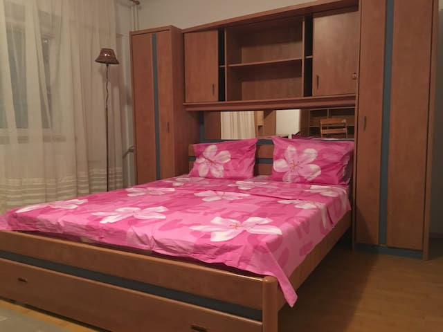 2 rooms flat (55sqm) - best district of Bucharest