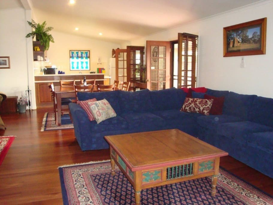 large,clean,comfortable living areas