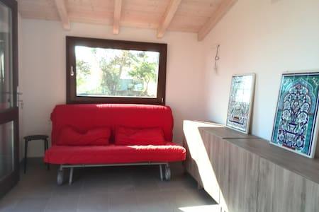 appartamento a due passi dal mare - Tanaunella