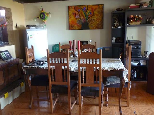 Hospedaje en casa familiar Habitación A