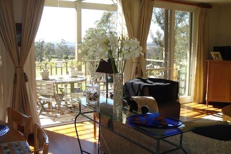 Cypress Lakes _ Villa Christian - Pokolbin