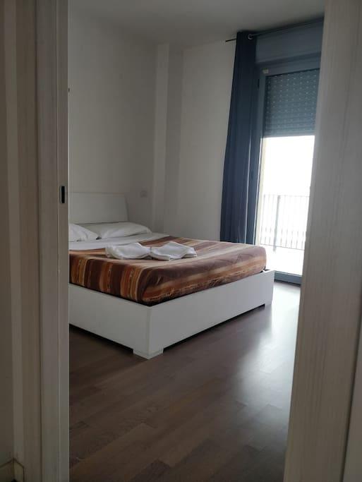 Bedroom 1: double bed