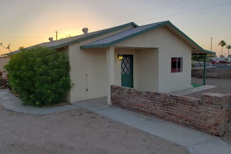 Quirky Yuma Guest House