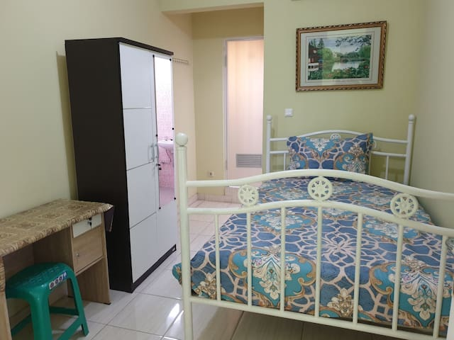 Comfortable Guest House in Pamulang Area