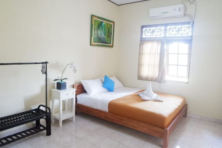 RnR House Kuta -COZY ROOM WITH FREE BREAKFAST #1