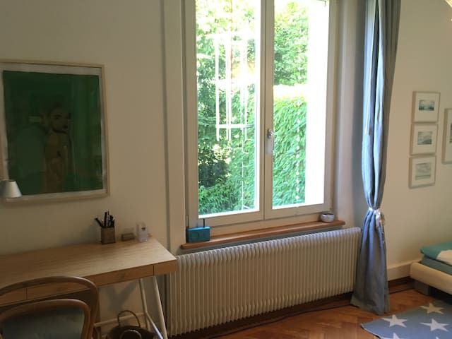 guestroom with view to the garden