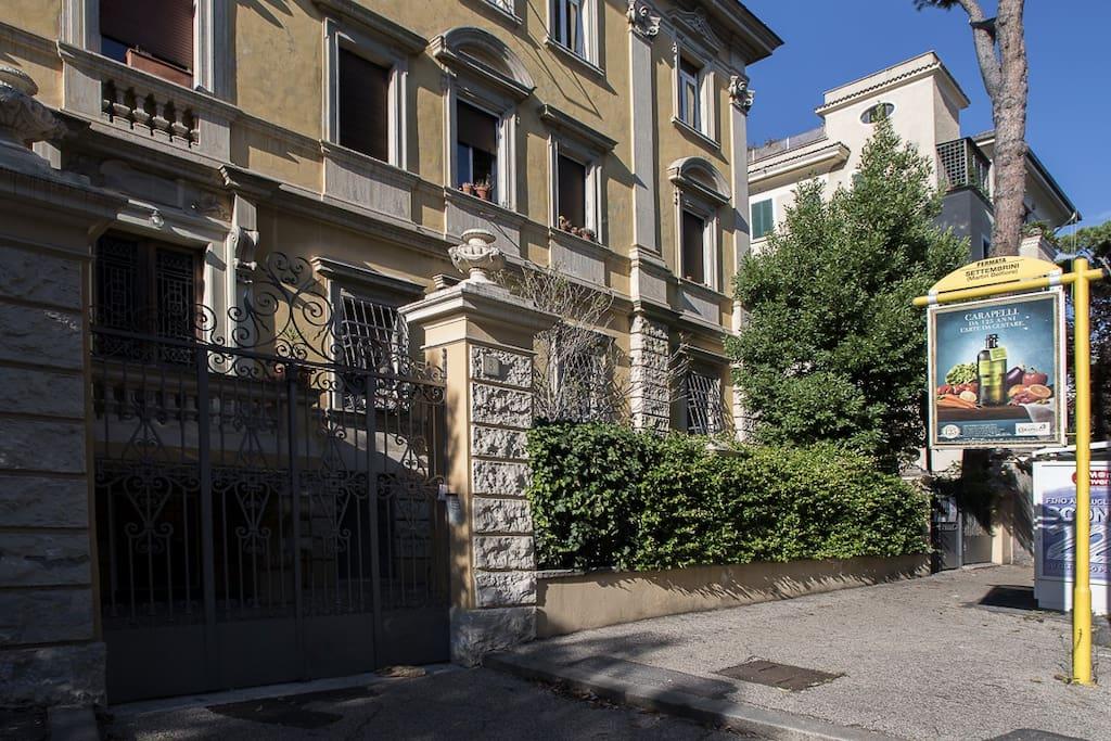 Ingresso Via Luigi Settembrini