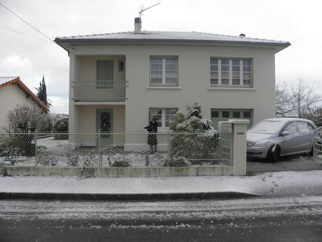 Oloron 1 - Oloron-Sainte-Marie - Rumah
