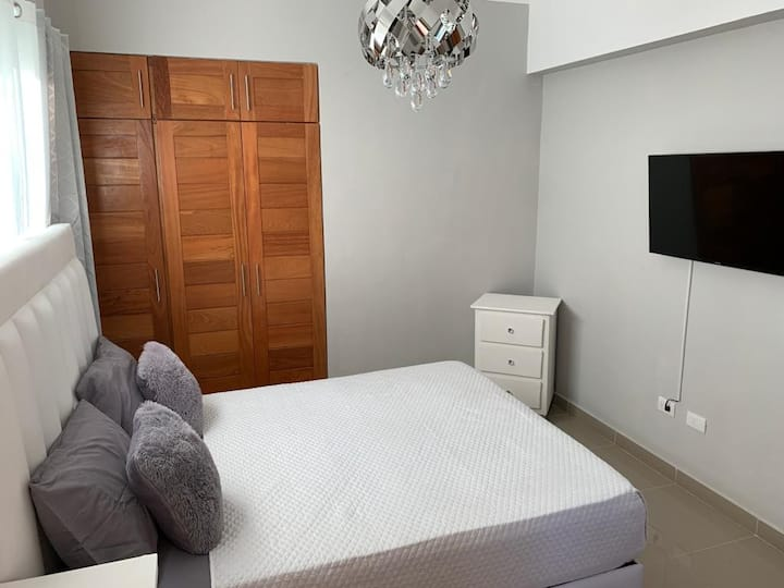 Private Modern Bedroom in Brand New Condo.