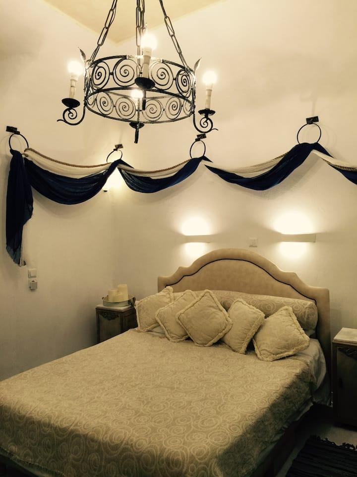 Timedrops Santorini Pirate Luxury Villa