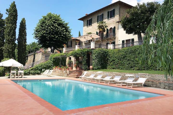 Villa Maria in Fronzano, a privilege in Tuscany