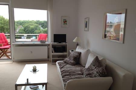 Ruhige, charmante Wohnung, nah am Meer - Apartamento