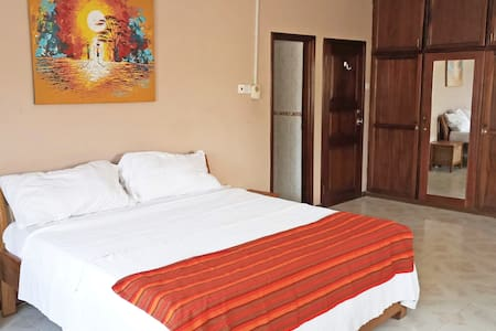 Bedroom (B) & Pool Near Univ of Ghana & Airport