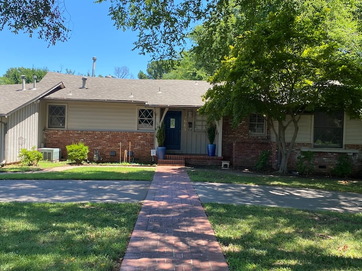 A 1,825 sqft House in Midtown Tulsa