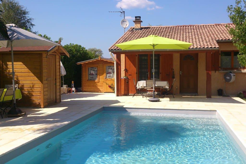 Chambre dans maison acces piscine maisons louer for Piscine st gervais