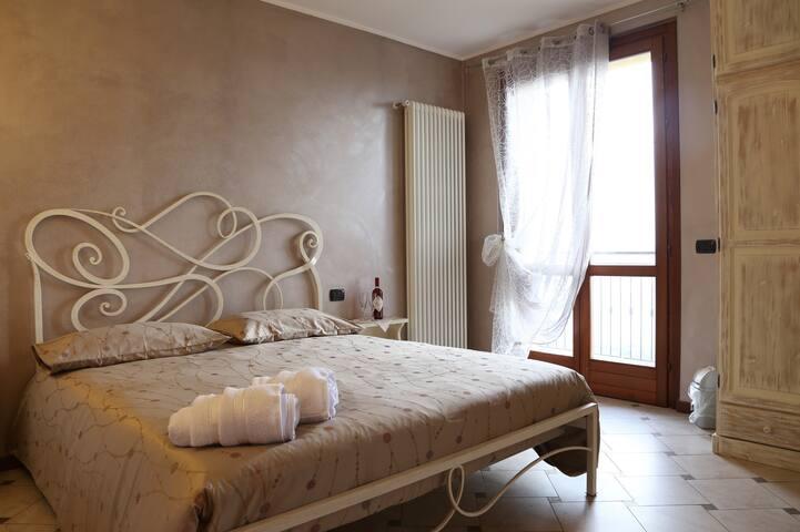 PORTOLA B&B VECCHIA DIMORA ARGENTO - Roncola - Bed & Breakfast