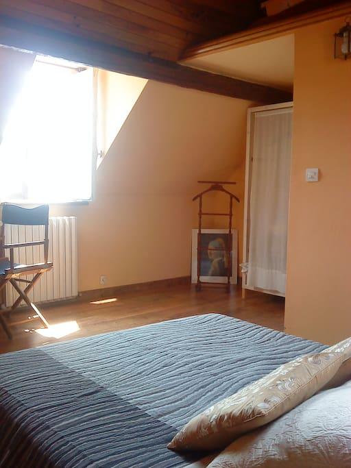 Chambre 1:  lit 2 personnes