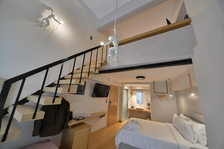Apartment -Split Level inA.P. Acropolis Apartments