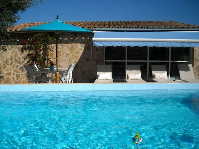Holiday-home surrounded by Nature - Font de Sa Cala - Huis