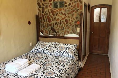 Casa Arcángel San Miguel - double room (full bed) - Coatepec - Inap sarapan