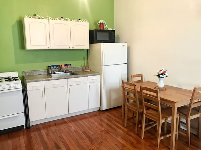 Greatly located Williamsburg 1BR ap