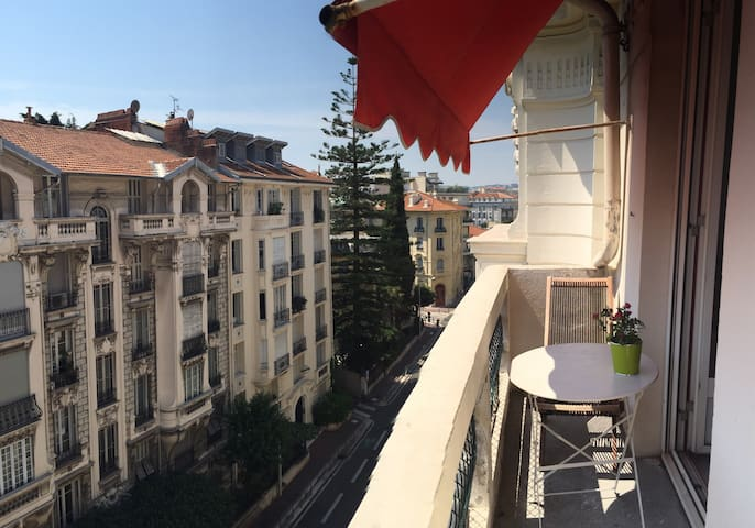 Room In The Center Of Nice - Nice - Bed & Breakfast