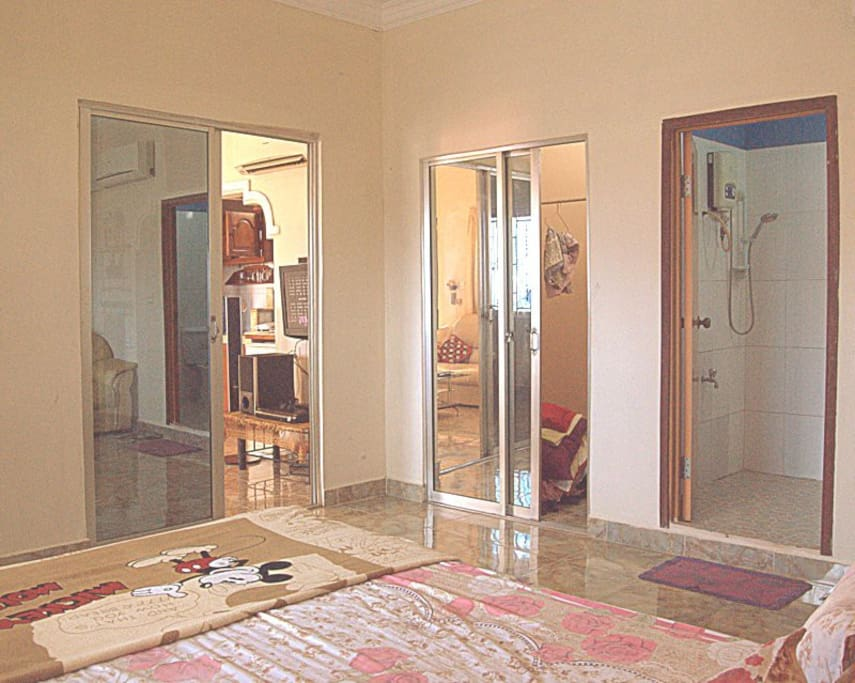 Bedroom, toilet and large mirrored closet