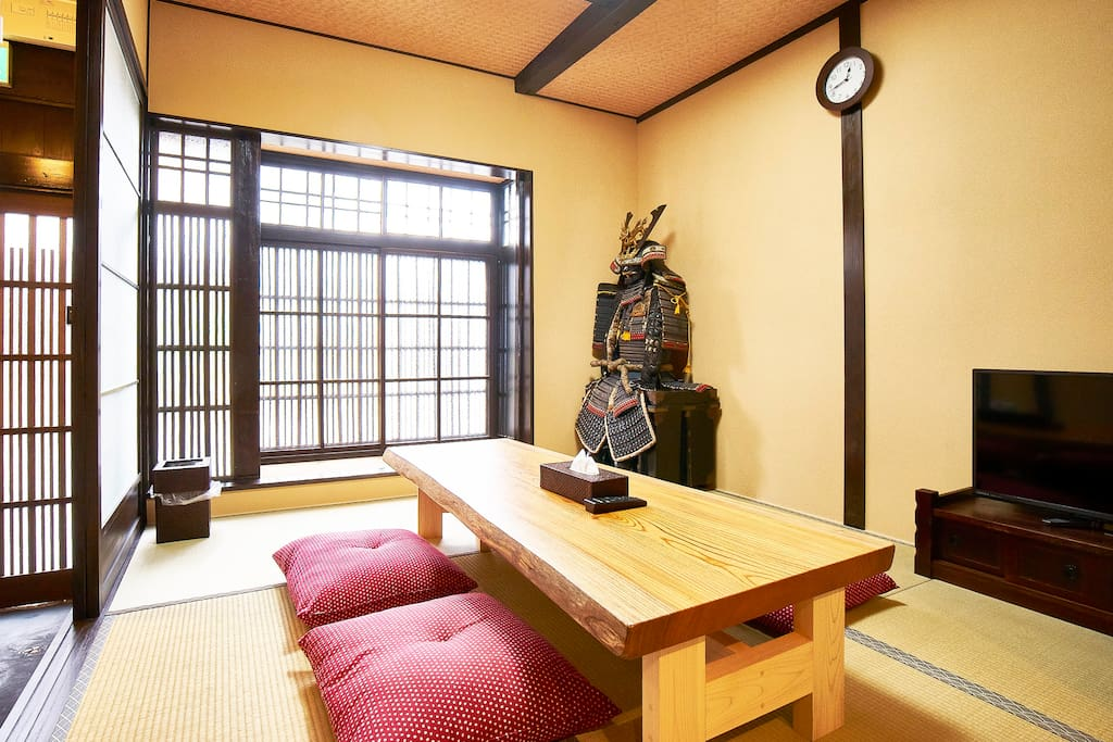 The living room has a samurai to protect you from bad dreams
