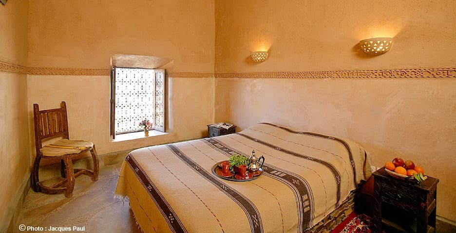 double berber Room Breakfast & wifi & Swimming poo