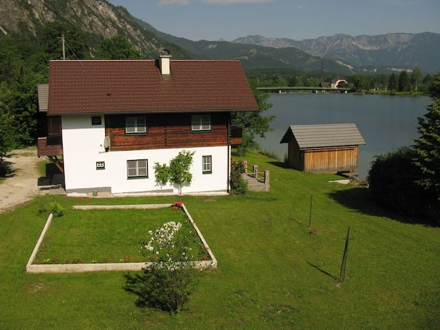 Rent your cottage on Lake Hallstatt - Bad Goisern - Hus