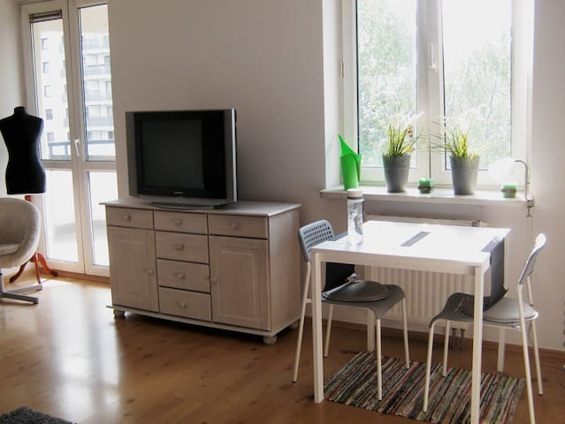Bellami studio near City Center and Saska Kępa - Varsavia - Appartamento