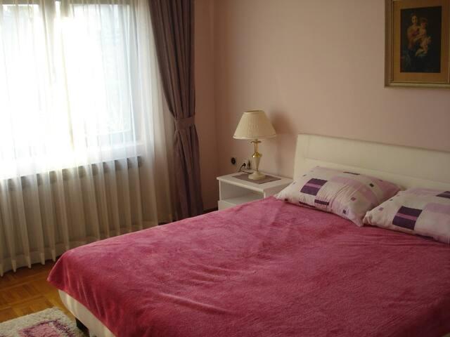 Sun-lit room in Varazdin - Varaždin - บ้าน