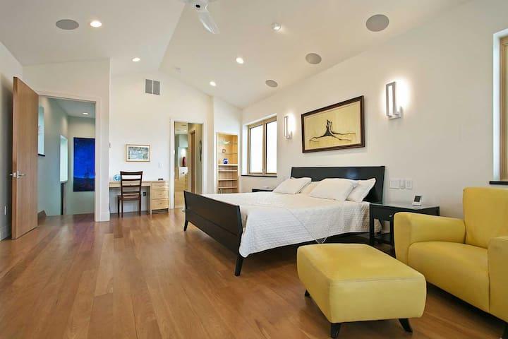 Master Bedroom - Full View East