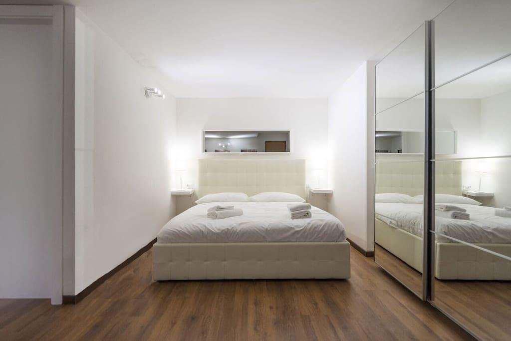 Milanflat cadorna center studio 1 flats collection for Studio i m immobiliare milano