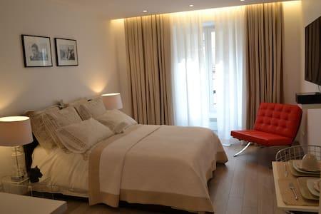 Luxury flat on the Champs-Elysées - Parijs - Appartement