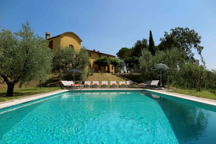 Tuscan Villa - Baco - Dům