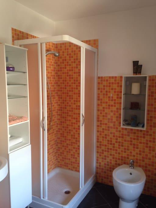 Altro angolo del bagno
